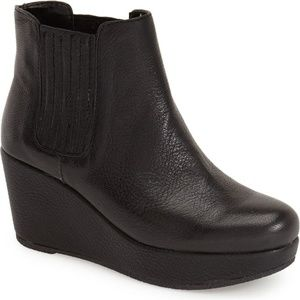 BCBGeneration Karol Black Wedge Leather Boots 9.5
